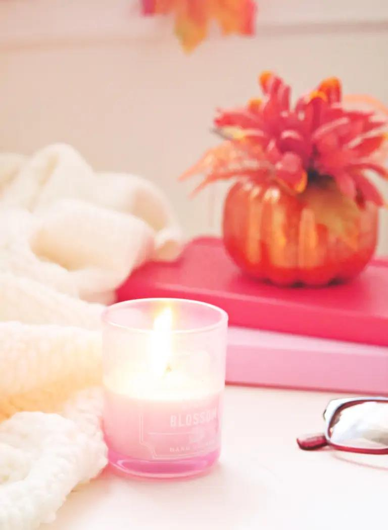 Steph Cruz photography - candle on desk
